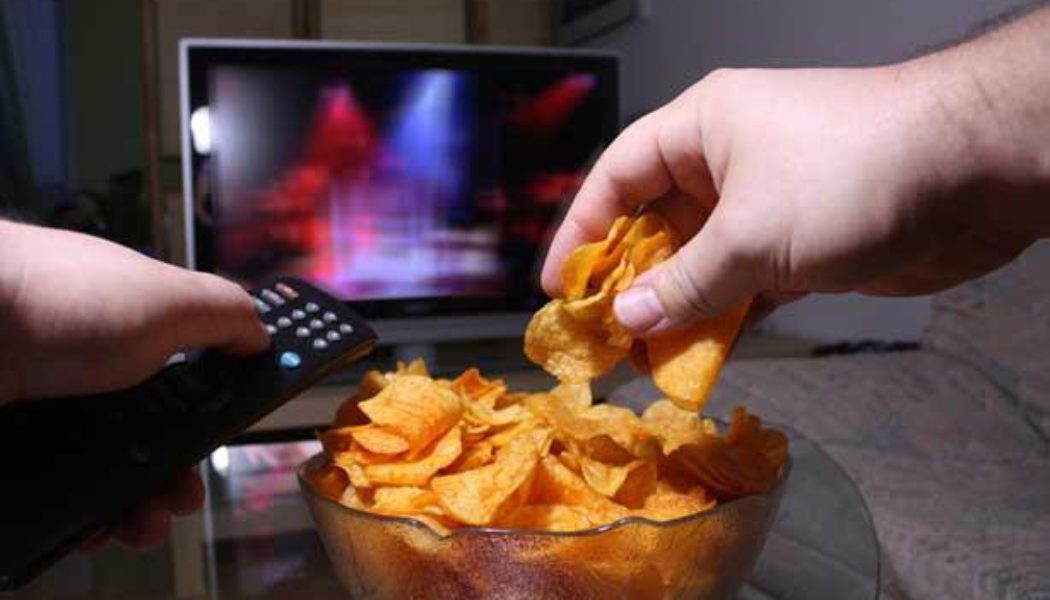 5 Best Snacks To Eat While Watching TV